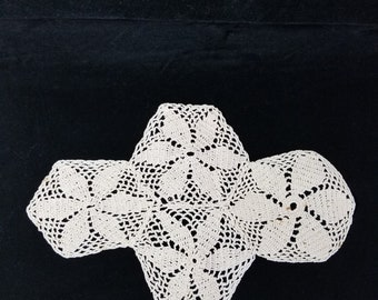 Vintage doily made of 4 hexagons. Beige