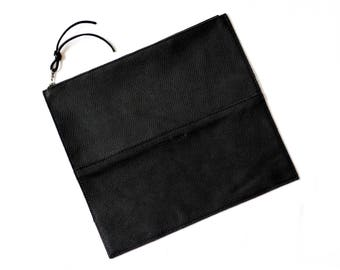 FOLDOVER CLUTCH Onyx Black • Oil Tanned Leather Bag