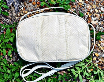 VTG- Beautiful, Vintage 1970s- Early 1980s, Off White, Crossbody, Genuine Snakeskin, Three Sectioned Handbag by Aspects, Snake skin
