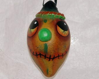 Christmas Sale Halloween Folk Art Gourd Ornament Haunted Halloween , Egg  Gourd Ornament (224)