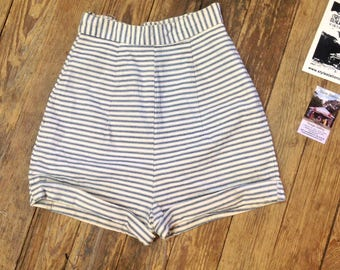 """40s/50s HiWaist Pin Up Shorts sz. 21"""" W. 34"""" Hip in VG cond."""