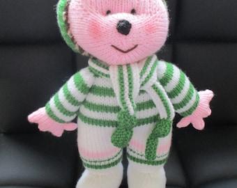 Knitted Hedgehog Football Fan wearing Celtic Football Kit, Celtic Football, Football Fan