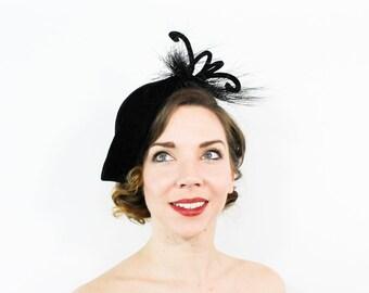 40s Feather Hat | Black Velvet Beret Fascinator Party Hat