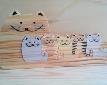 Decorative cat family Cats Puzzle is its five kittens