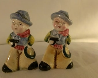Cowboy Salt and Pepper Shakers (762)