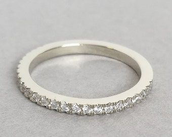 Eternity Wedding Band in white gold, diamond eternity ring, diamond band, diamond wedding band, eternity band, eternity ring
