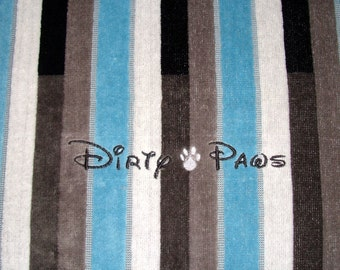 Dirty Paws - Hand Towel - Embroidered -  Set of Two Towels