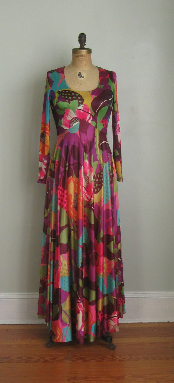 1970's Sweeping Maxi Long Size Skirt Sleeved Small Print Bold Pop Dress Gown O0x0w