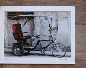 Photo of Bicycle in Havana, Cuba