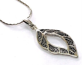 Foliage - silver 925 pendant