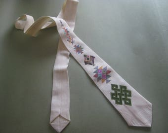 Vintage Embroidered Necktie
