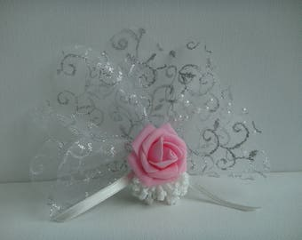 Magnetic brooch Kit a pink rose on transparent tulle with pattern featuring a lavender to make