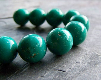 Vintage Turquoise Italian Lucite Round Tribal Earthy Organic Bohemain Gyspy Beads-16 Beads