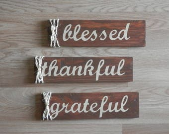 Thankful, Grateful, Blessed Sign Set