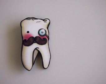 Wisdom Tooth - Laser Cut Wood Brooch