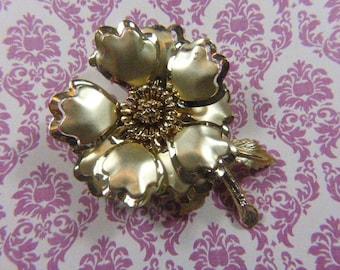 Broche florale or Vintage - BR-540 - Fleur - broche en or - or Fleur broche - manque de pétale