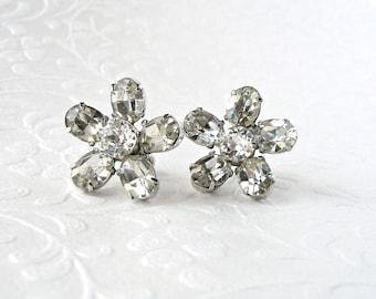 Sweet Little Rhinestone Flower Screw Back Earrings Vintage Bride Wedding Bridal Formal Pageant Ballroom Prom Costume Jewelry Flowers Floral