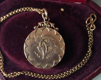 Antique pendant portrait locket necklace, sweetheart, victorian, 375 9ct rose gold, England