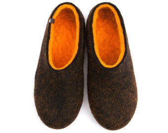 Felted Wool Slippers, Men's House Shoes, Black & Orange Wool Felt, handmade ecological and seamless. Warm slippers, Useful Gifts for men