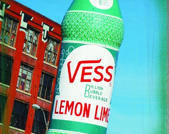 St. Louis Collection: Vess Soda