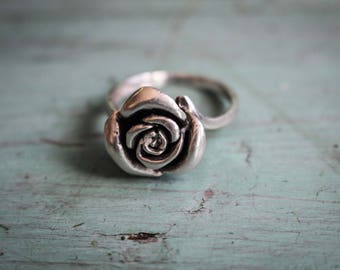 Silver Rose Ring. Size 8.5