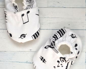 Music Baby Shoes Music Birthday Gift Music Baby Booties Monochrome Slippers Music  Baby Shower Music Notes