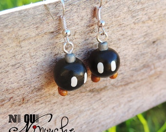 Earrings Bob - omb (fimo) geek mario bomb Mario black white grey gold games geek videos