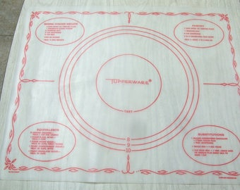 Vintage 1965 Tupperware Pastry Pie Tart Crust Biscuit Dough Mat Dart Industries Equivalents Substitutions  22 X 18 Inch Very Good Condition