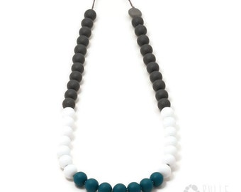 silicone teething necklace Color bloc Impact -Charcoal, white and emerald blue
