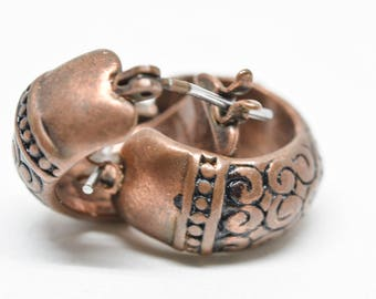 Lovely copper tone earrings