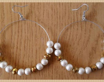 White Pearl hoop earrings and gold faceted oilskins