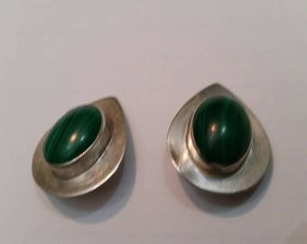Vintage Native American AP AO Sterling Silver Malachite Earrings