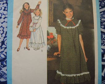 vintage 1970s simplicity sewing pattern 8807 girls dress in two lengths size 7 and 8