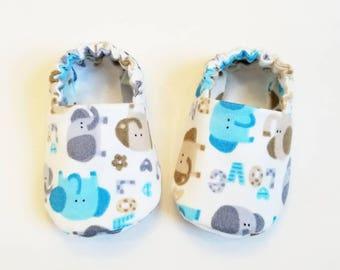 Elephant Baby Booties, Baby Gift, Baby Slippers, Baby Crib Shoes, Baby Moccs, Elephant Baby Shoes, Baby Boy Slippers, Elephant Baby Slippers