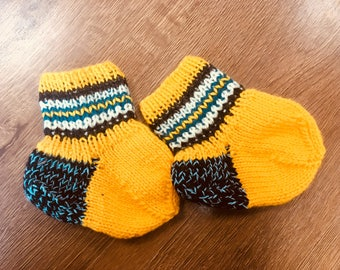 Knitted baby socks baby gift newborn Make to order