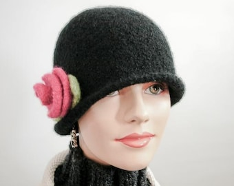 Black Felted Cloche with Removable Rose Brooch - Item 761