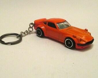 Datsun 240Z keychain, Sports Car SCCA racing, Z Car Die Cast Keychain, Mens or Womens keychain, Mens or Womens gift,schluesselanhaenger