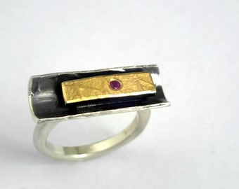 The bobsleigh! A 22K gold and 925 oxidized silver ring with a genuine ruby, Hammered ring, Textured ring, Silver and gold ring.