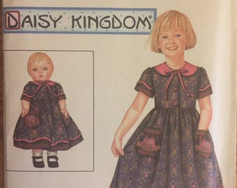 """OOP 9845 Simplicity (2001).  Daisy Kingdom. Girl's dress & doll dress for 18"""" doll. Size 5 to 8.  Complete, unused, FF. Excellent condition."""