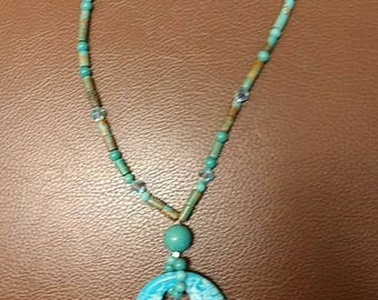 Turquoises necklace with bicon Crystals
