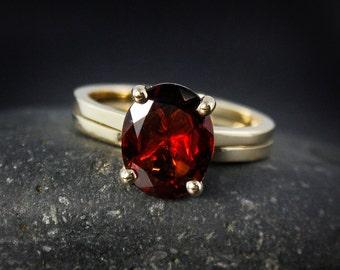Oval Red Garnet Engagement Ring – Wedding Set