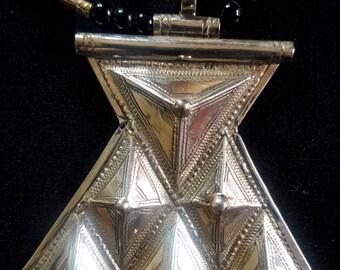 "Ethnic African jewelry Touareg Handmade ""Khomaissa"" Necklace Jewelry Silver"