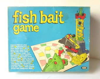 Vintage 1960s FISH BAIT Board Game, Mouse Trap Game Clone, IDEAL Toys, Nice Condition