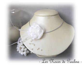 White bridal flower Camellia, Collection des Textiles