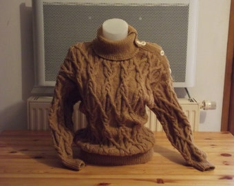 cables for woman sweater