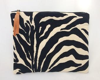 Leopard Print Clutch, Animal Print Clutch, Zipper Pouch, Leopard Print Bag, Gift for her, Black clutch purse, Bags and Purses, handmade bag