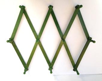 Nice Vintage Accordion Peg Rack Hanger / Green Color Nice Look