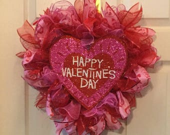 Heart Shaped Valentines Wreath - red/pink