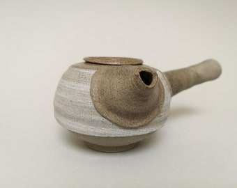Teapot turned from stoneware