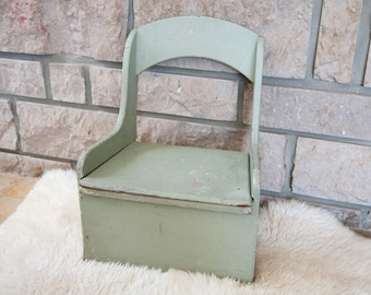 Antique potty chair - Toilet chair - Wooden chair - Childrens chair - Vintage chair - Shabby chic chair - Toddler chair - Chamber pot chair